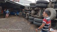 Kecelakaan di Bumiayu, Truk Angkut Gandum Mengalami Rem Blong di Pertigaan Pagojengan